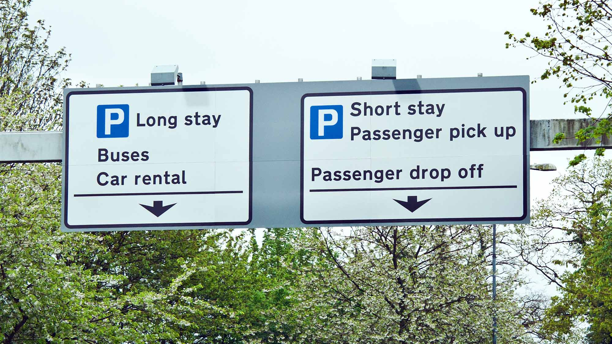 Gatwick Airport Parking Discount Code. If you're looking to save money on your parking at Gatwick, you've come to the right place. Holiday Extras are giving you an extra 10% off our already low prices with our Gatwick parking promo code